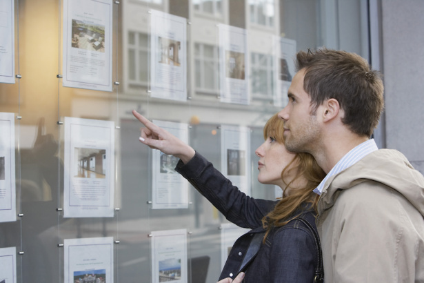 People looking at properties