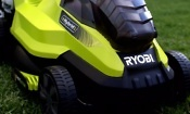 The Ryobi hybrid lawn mower that runs on battery or mains power