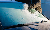Are you de-icing your car windscreen properly?