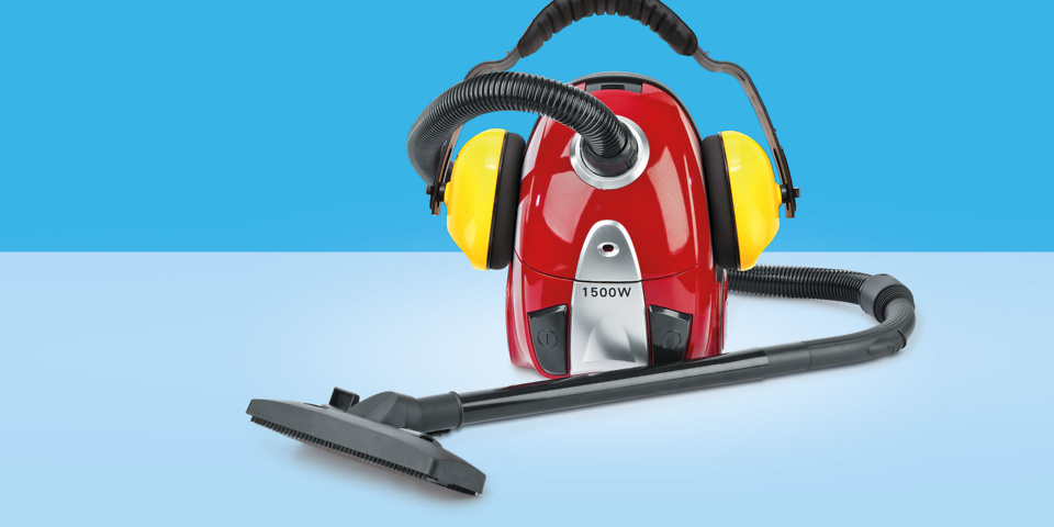 Noisy vacuum cleaners flout EU rules