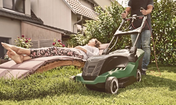 Bosch Advanced Rotak lawn mowers tested by Which?