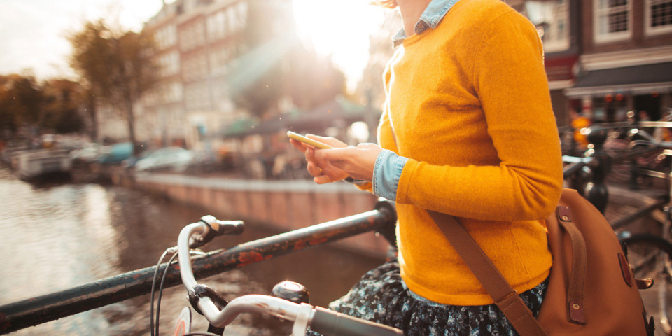 Roam and away: post-Brexit trade deals should make mobile roaming free