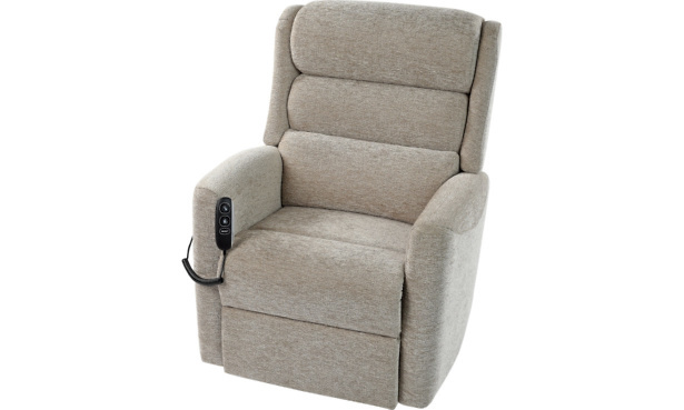 Celebrity Somersby riser recliner chair