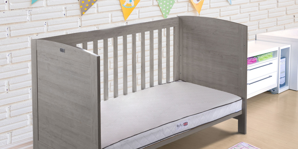 brand new 06f84 c3263 Silver Cross launches new cot mattress range – is it worth ...