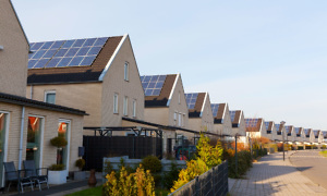 Solar panel costs are falling: should you invest?