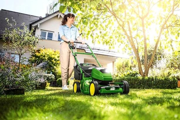 John Deere R40B lawn mower