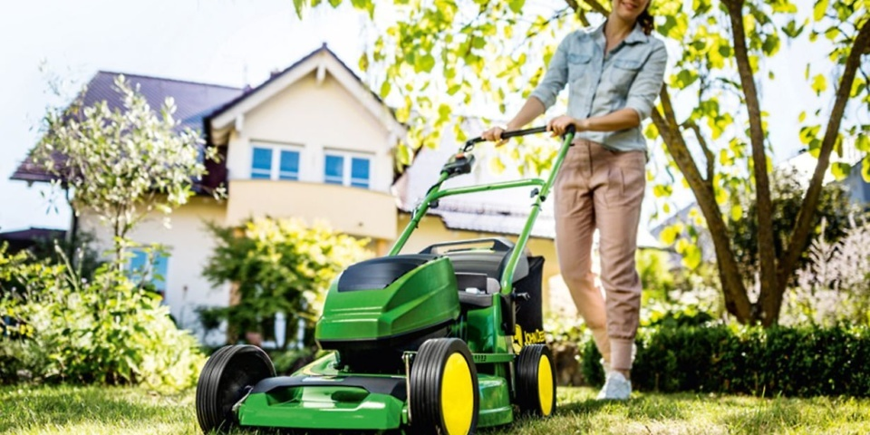 Are cordless lawn mowers as good as petrol mowers for larger
