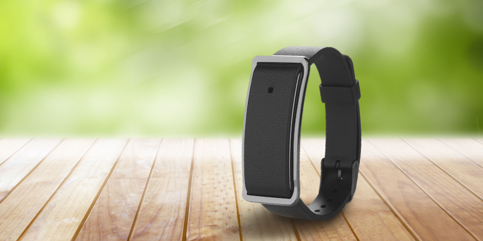 Reviewed lidl s 25 silvercrest fitness activity tracker which news - Silvercrest home tech ...