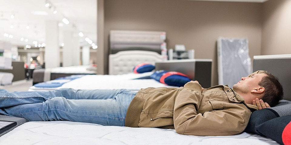 How to save money on a Black Friday mattress
