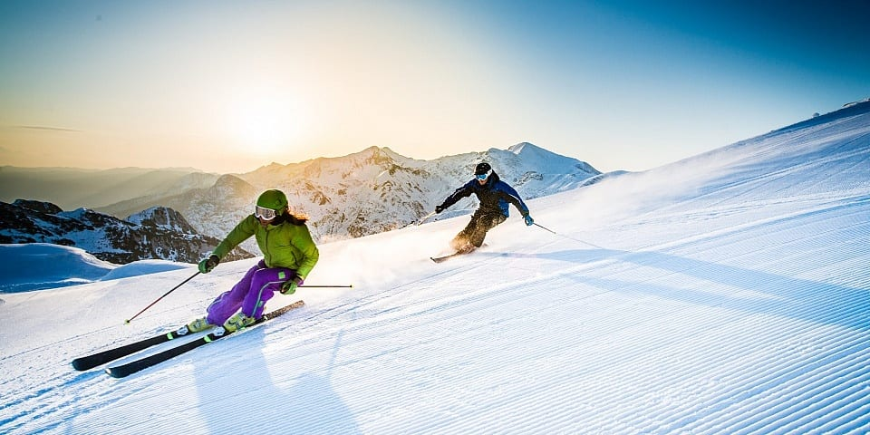Skiers on their own for medical bills, Foreign Office warns: how to protect your ski trip