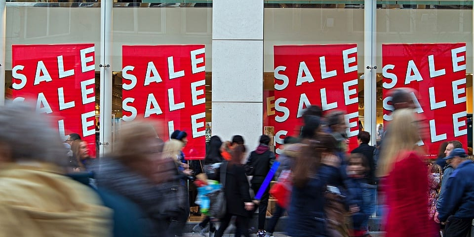 Black Friday scam victims lose over £600: what to watch out for