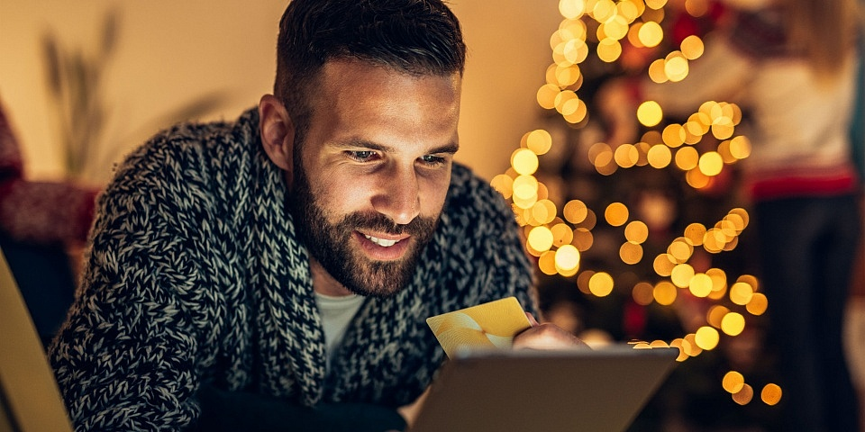 How to pay off Christmas credit card debt