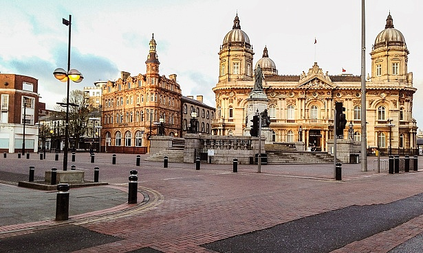 Queen Victoria Square in Hull