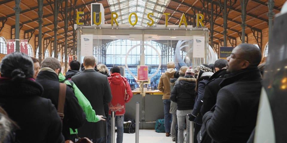 Eurostar warns Paris passengers not to travel until 3 April