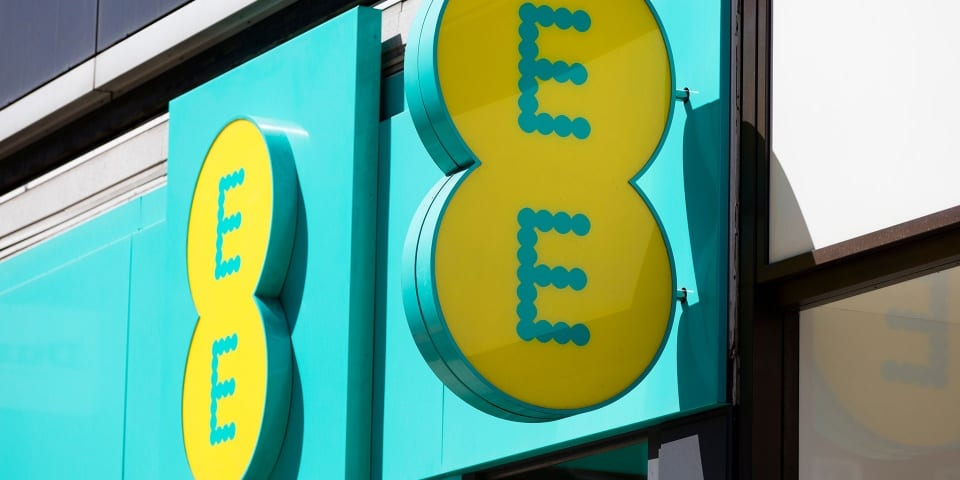 EE named best UK mobile network for coverage