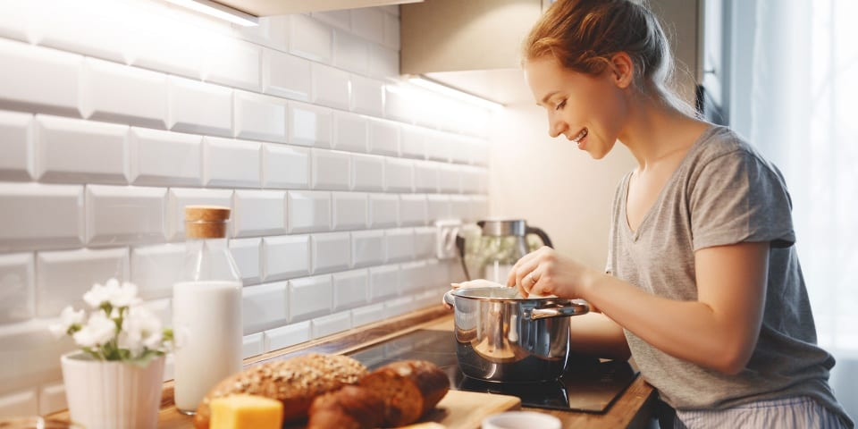 Five things to know before you buy an induction hob