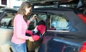 What are the lightest child car seats we've tested?