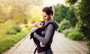 Seven questions to ask yourself when buying a baby carrier or sling for a newborn