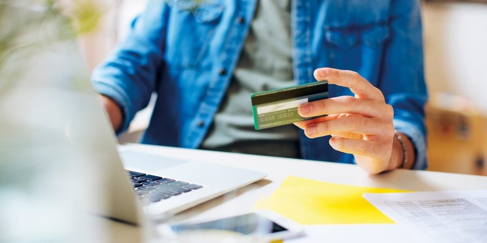 American Express links credit card interest with the base rate: will you pay more?