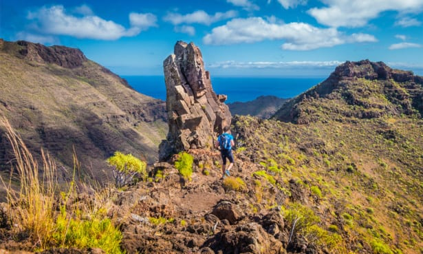 Can I travel to Tenerife, Lanzarote or Gran Canaria? What are the entry requirements?