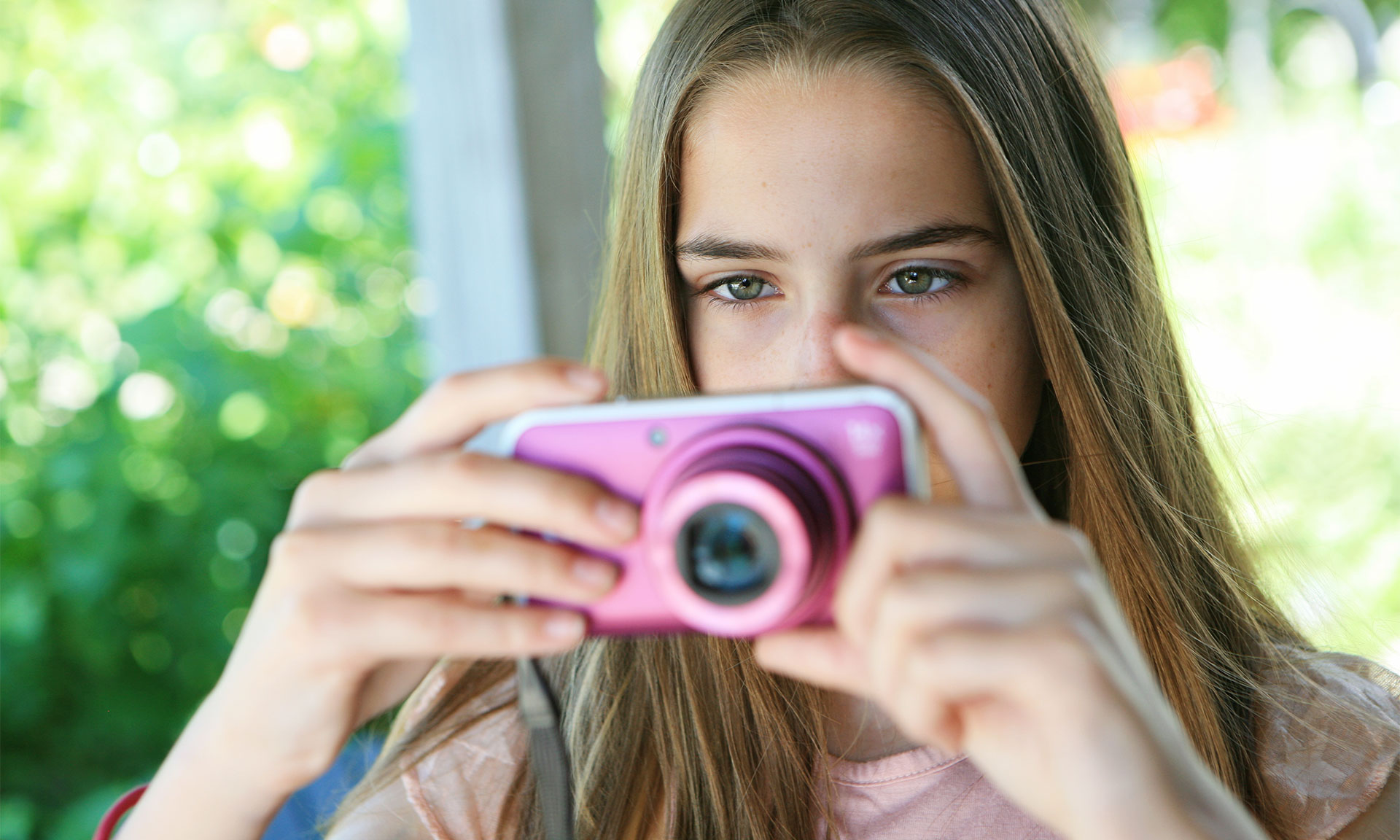 Cameras for kids: popular compacts that make ideal gifts – Which? News