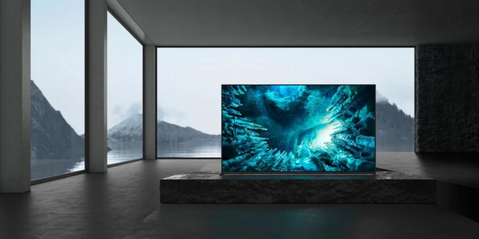 5 CES 2020 highlights: shrinking OLEDs, Chromebooks and Samsung's smart speaker