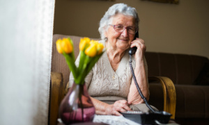 How families and friends can support older loved ones