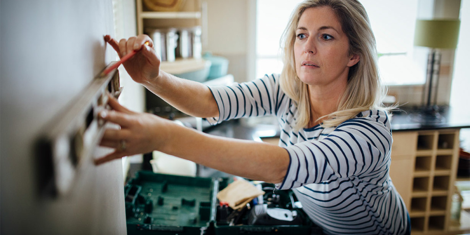 Coronavirus: how to buy what you need for DIY and essential repairs