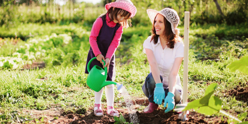 Four easy gardening activities for kids in April