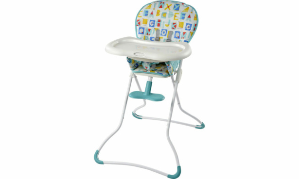 Graco Snack 'n' Stow high chair