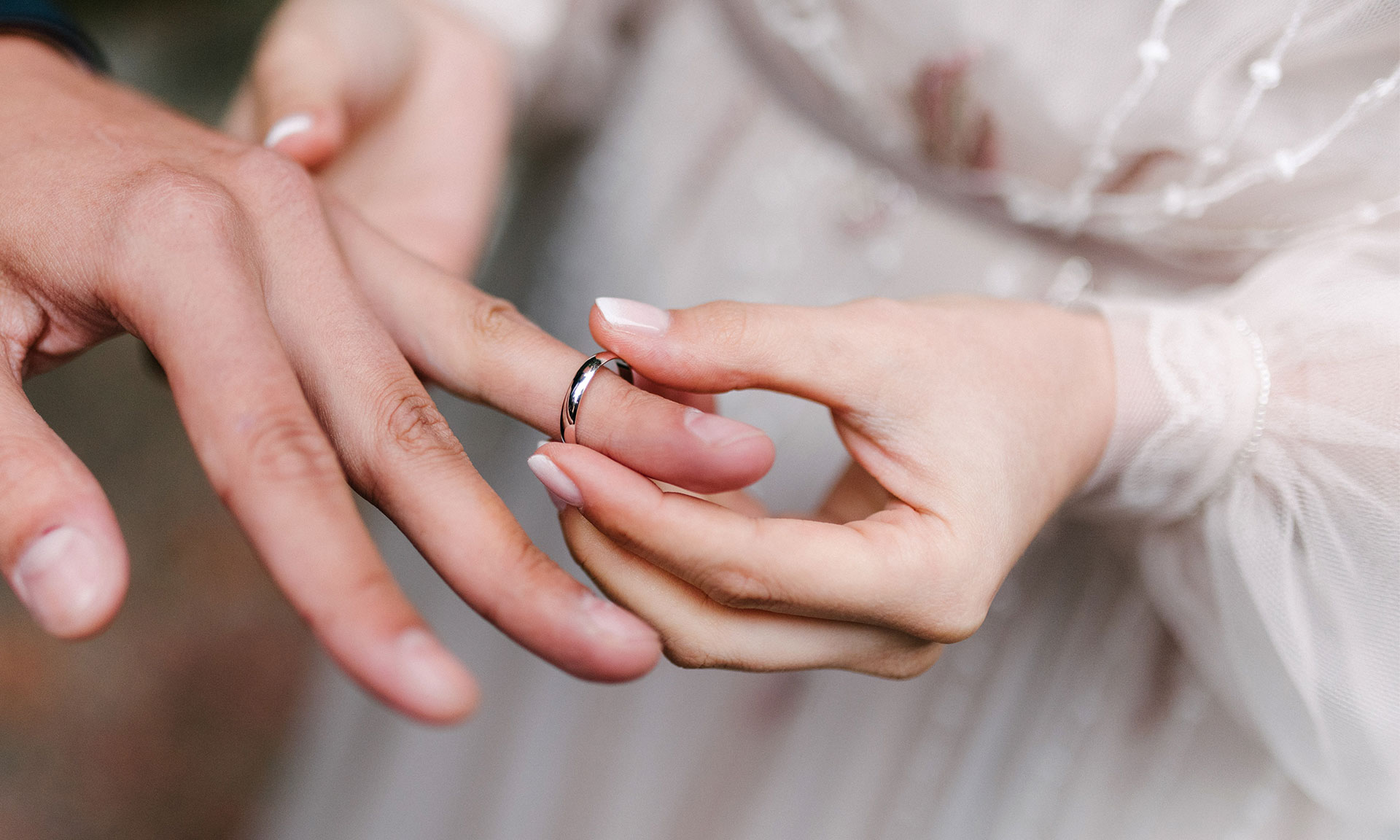 Couples jilted at altar by wedding venues cancelling big day - and pocketing their cash – Which? News