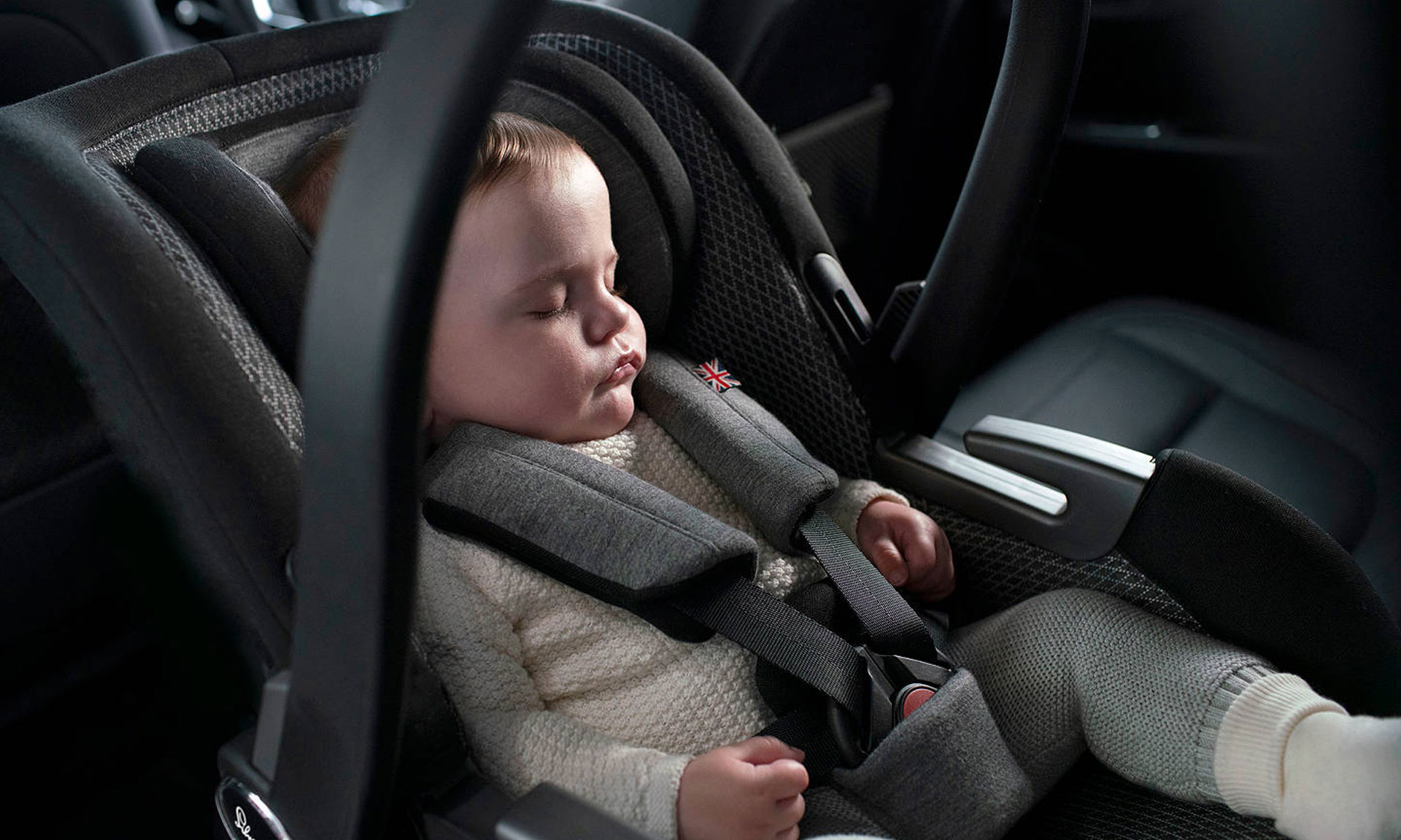 joie maxi cosi nuna and silver cross baby car seats put to the test which news. Black Bedroom Furniture Sets. Home Design Ideas