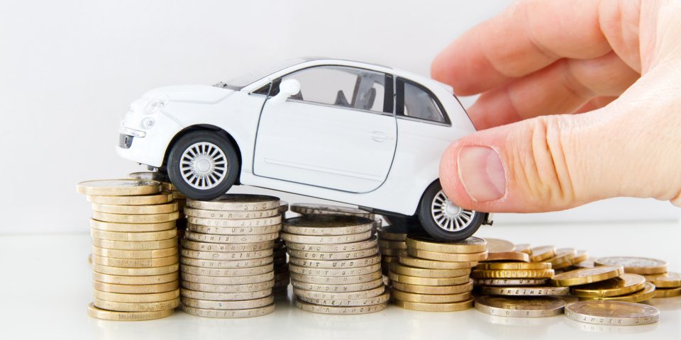 5 driving mistakes that raise your motoring costs