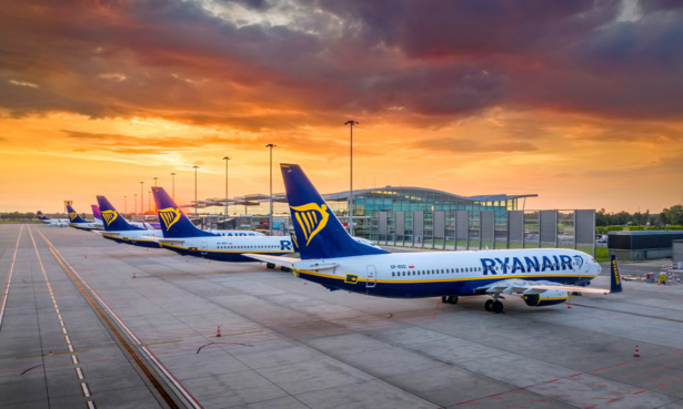Ryanair runway