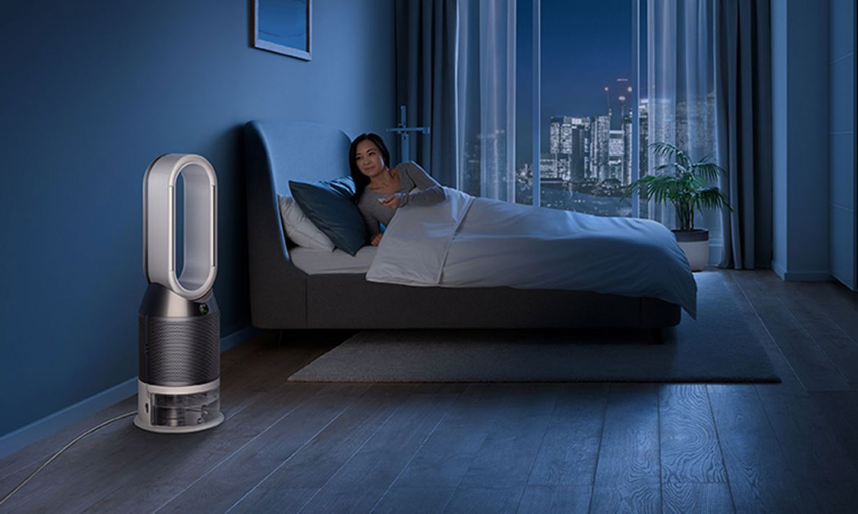 Dyson Pure Humidify + Cool in a room at nighttime