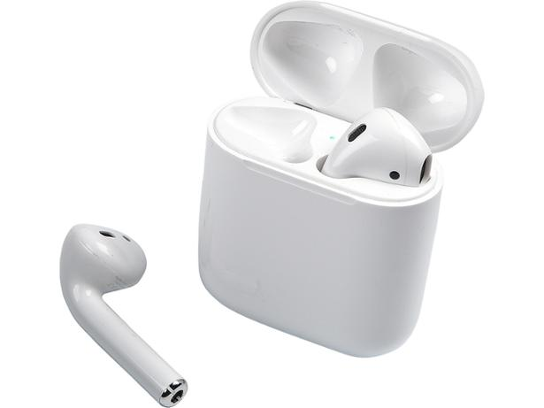 Apple AirPods (2019) with standard charging case