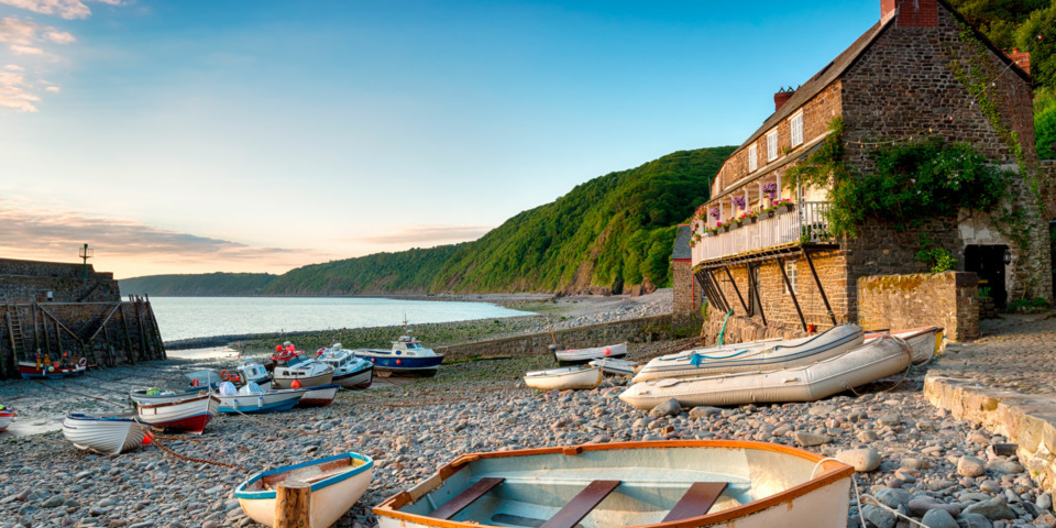 Last-minute holiday deals: seven top UK seaside cottages and accommodation for May