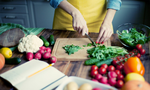 Five expert tips for buying and using your chef's knife